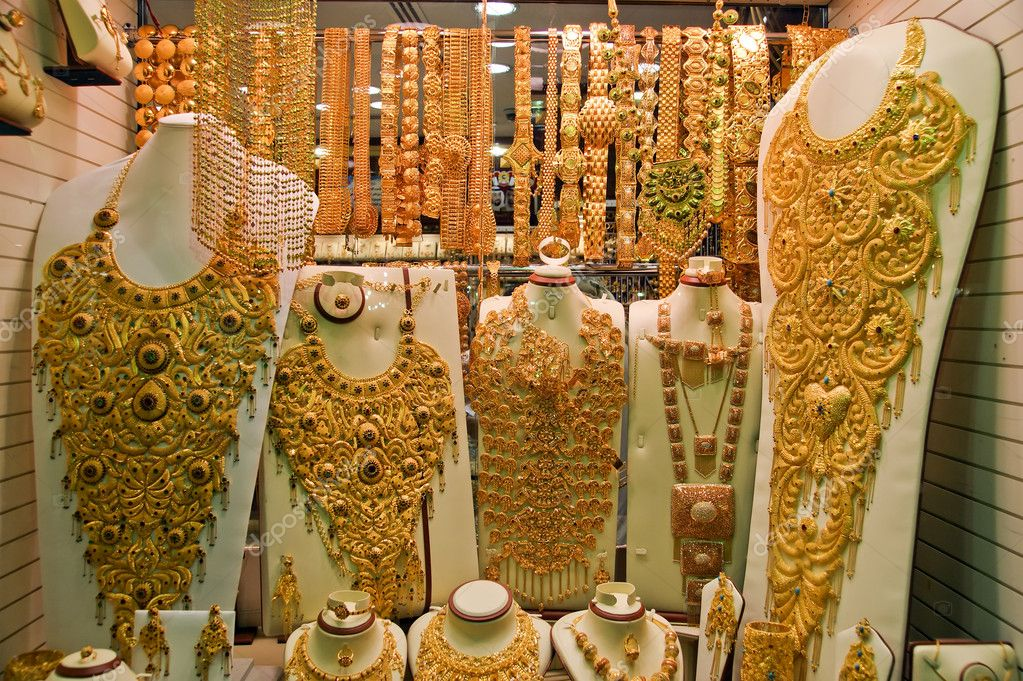 Gold jewelry for sale in the market Deira Dubai Stock Photo