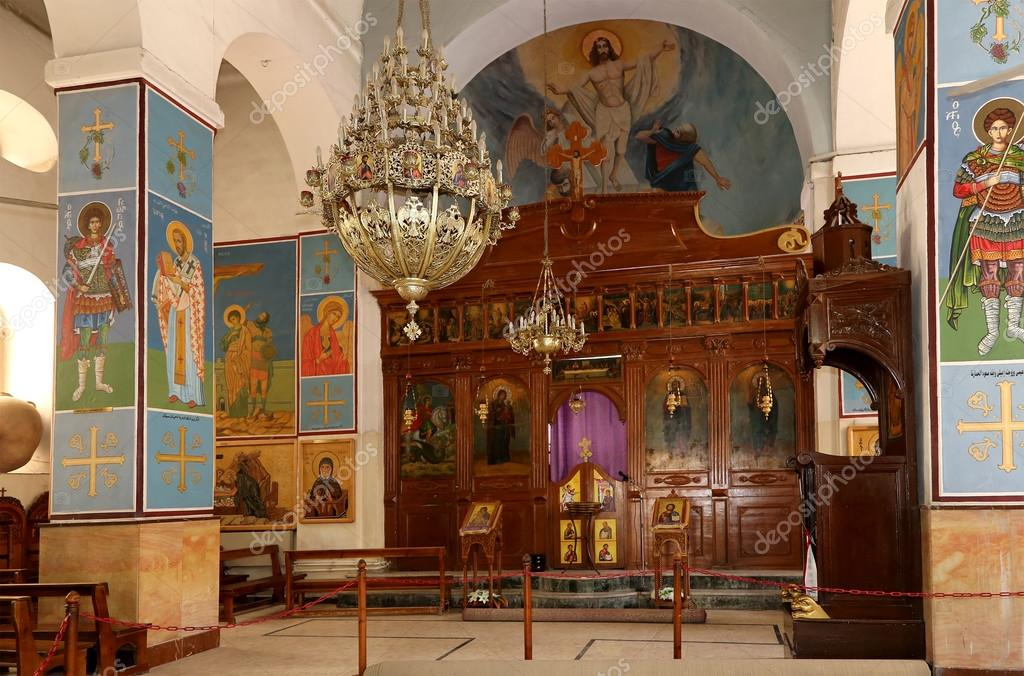 Interieur Midden Oosten : De interieur griekse orthodoxe basiliek van sint joris in stad