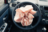Photo Airbag explodes on steering wheel