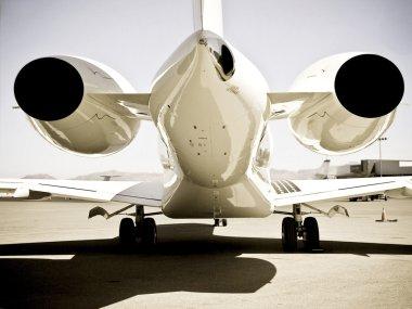 Jet plain