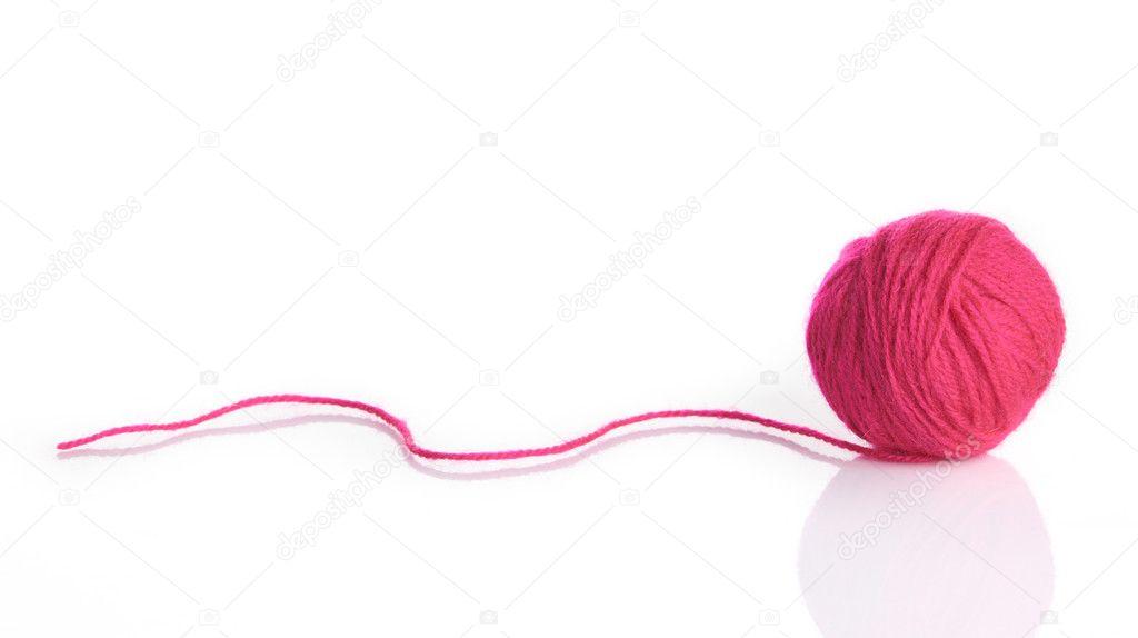 ovillo de lana aislado en blanco. ovillo de hilo para tejer — Foto ...