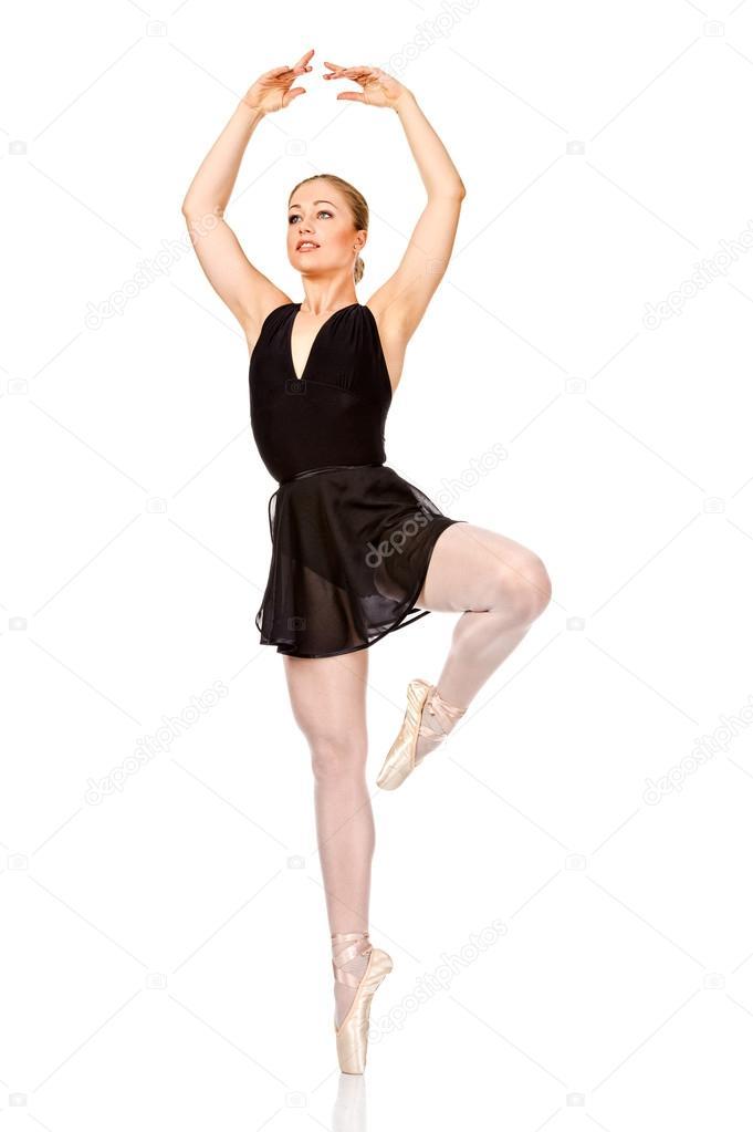 ab617ce822 Retrato de longitud completa de una bailarina joven y bonita bailando —  Fotos de Stock