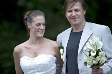 Newly weds posing