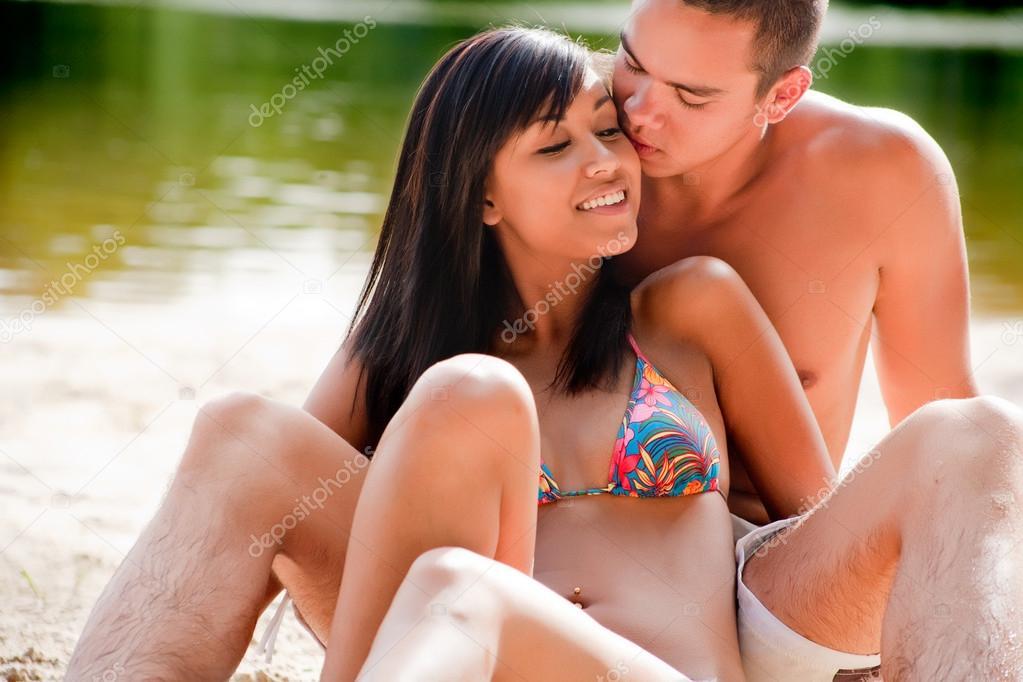 Kiss the bikini babe