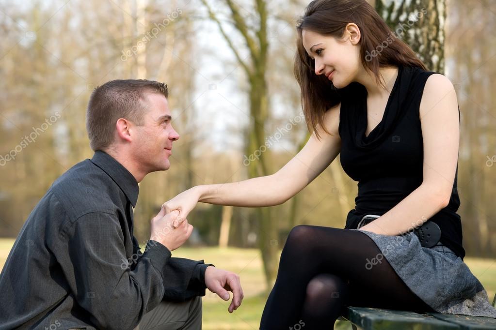Проси прощение на коленях и ножки мне целуй приказала русская жена