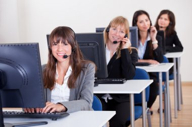 Telephonists in a call centre