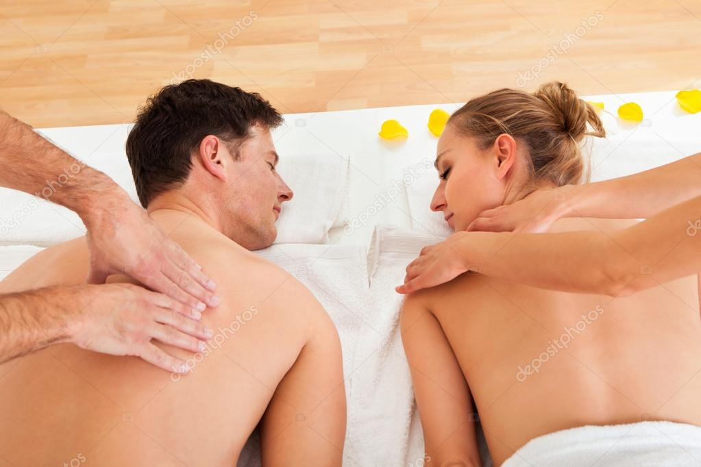 Relaxing massage for two