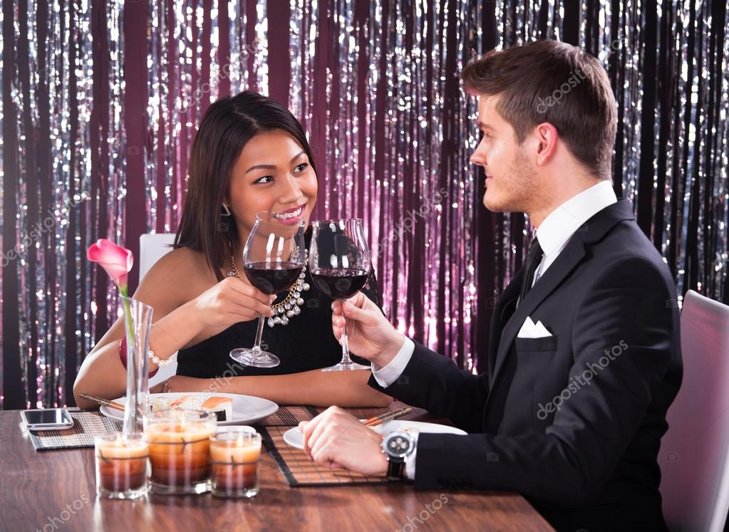 toast online dating Do you believe in love at first sight our meet me feature allows you to view local men and women you may be interested in meeting create your profile here and find singles who are looking to meet other quality singles for dating, love, and a relationship.