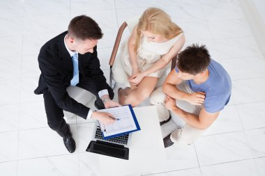 Financial Consultant and Couple