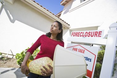 Bankrupt Woman Moving Out Of House
