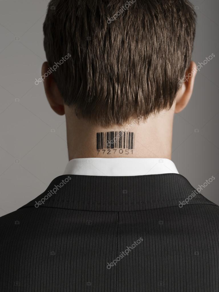 Człowiek Z Kodu Kreskowego Na Szyi Z Tyłu Zdjęcie Stockowe
