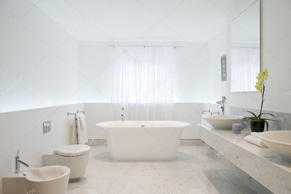 witte badkamer — Stockfoto © londondeposit #33906153