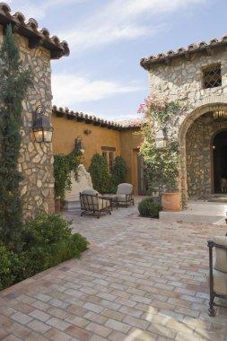Palm Springs courtyard exterior