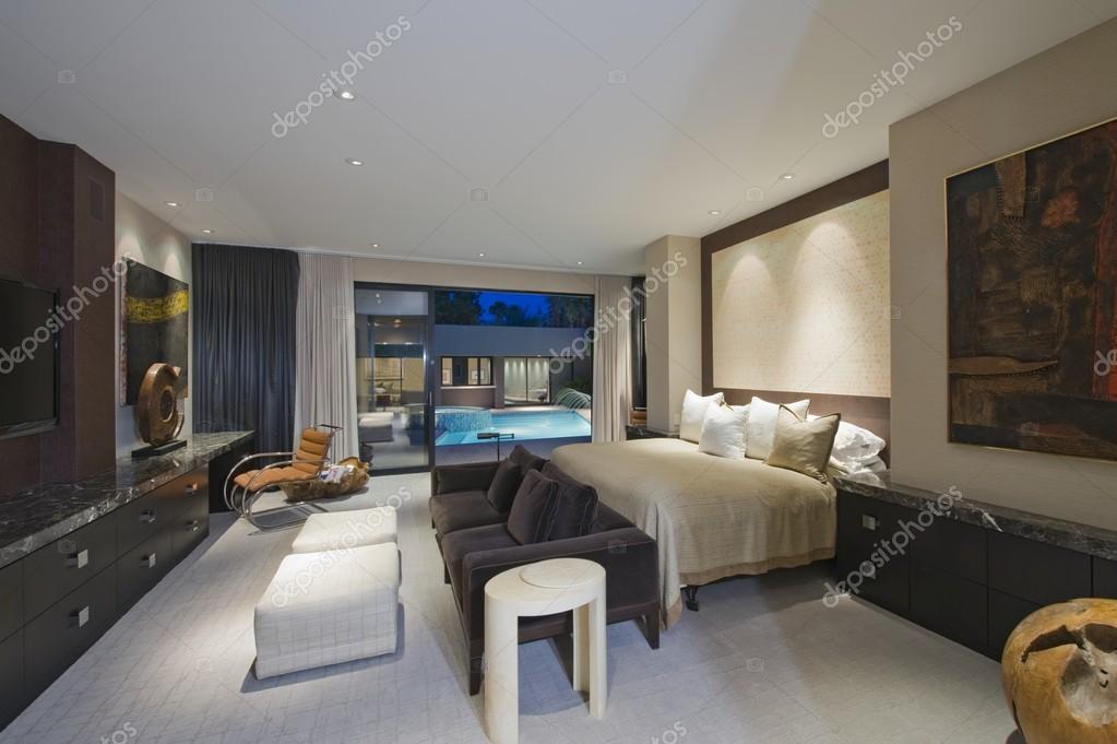 Leuchten Schlafzimmer — Stockfoto © londondeposit #33986859