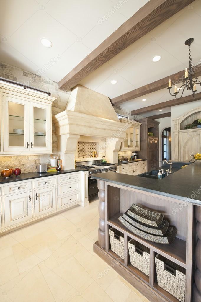 cucina in stile Country — Foto Stock © londondeposit #34018479