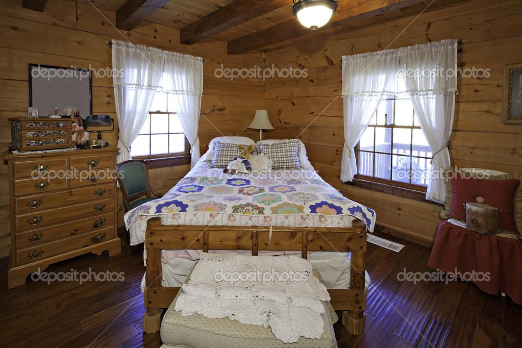Camere Da Letto Tradizionali : Camera da letto tradizionale bambini u foto stock londondeposit