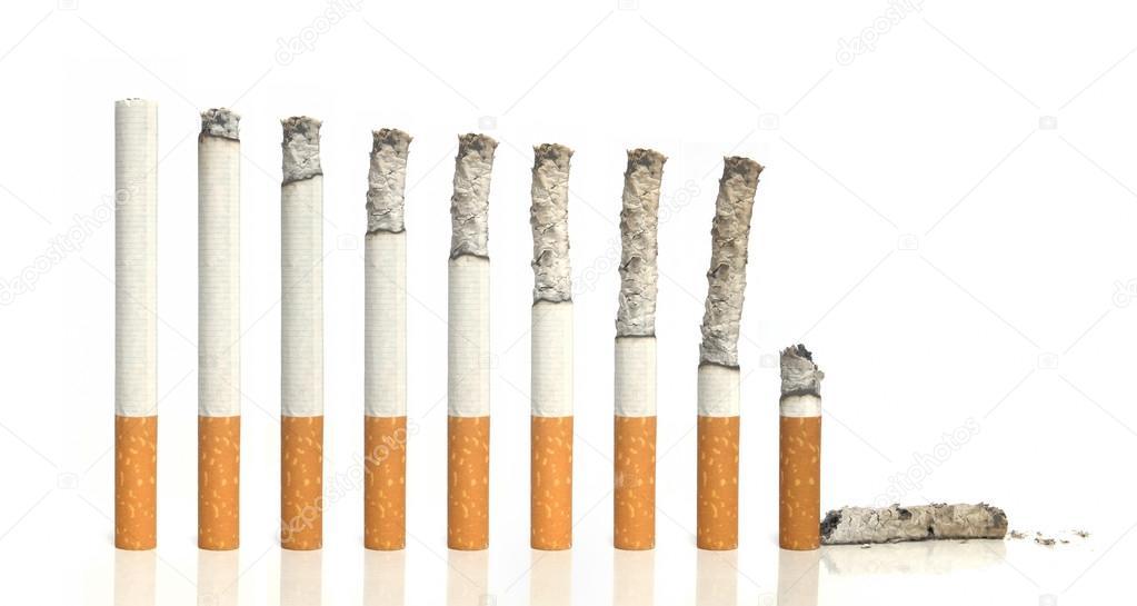 Wiersz Palenie Papierosów Zdjęcie Stockowe Dotcom 23736171