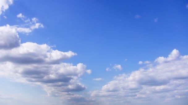 mraky na obloze timelapse