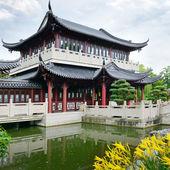 Photo Pagoda on the lake