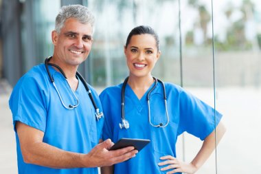 Medical doctors using tablet pc