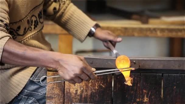 Kézműves modellezés üveg