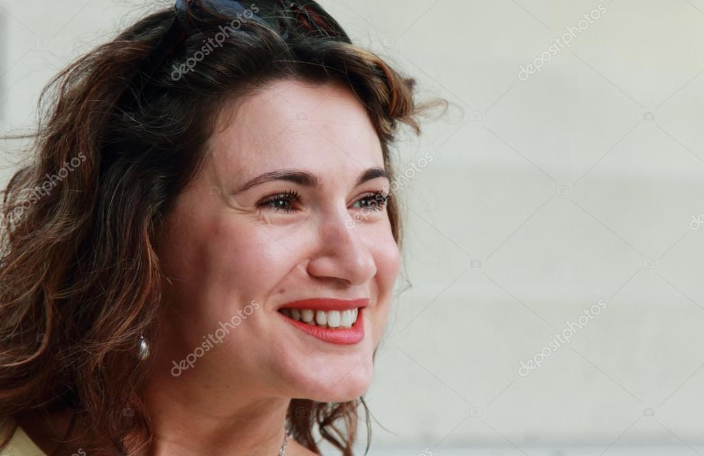 kvinna 35 år porträtt av en vacker 35 år gammal kvinna — Stockfotografi  kvinna 35 år