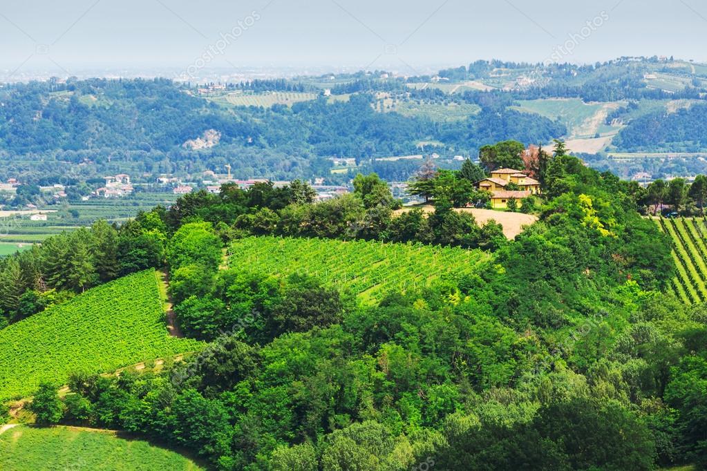 Paesaggio rurale con case in toscana foto stock alan64 for Case da 2500 a 3000 piedi quadrati