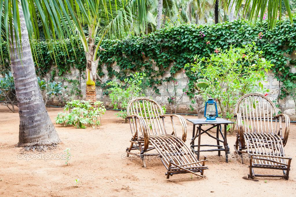 muebles de jardín — Fotos de Stock © perseomedusa #14036938
