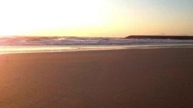 4k ultrahd timelapse da praia em albufeira portugal no crepsculo rotativa timelapse por do sol na praia ccuart Images