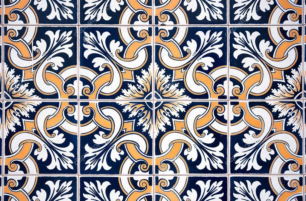Keramische Portugese Tegels : Oude keramische tegels u2014 stockfoto © homydesign #38224679