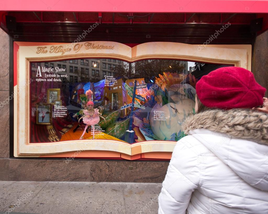 Macy\'s NYC Christmas Windows – Stock Editorial Photo © littleny ...