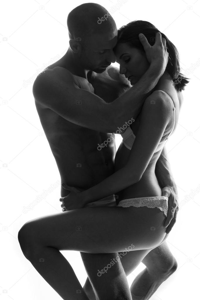 Coppia Romantica In Un Intimo Abbraccio Foto Stock Nelka7812