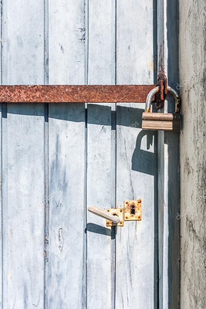 Door padlocked u2014 Stock Photo & Door padlocked u2014 Stock Photo © pierivb #26737703