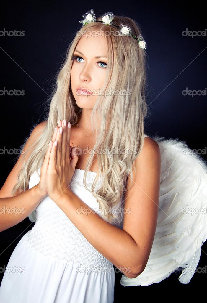 πανέμορφο ξανθιά έφηβος σεξ παρασκηνιακές χύτευσης καναπέ πορνό σωλήνες