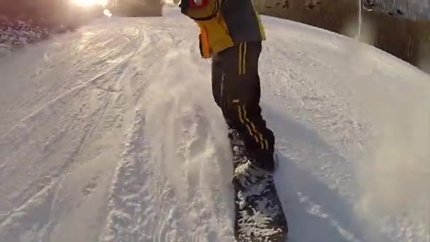 snowboarding na čerstvý sníh