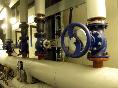pipelines and large valves