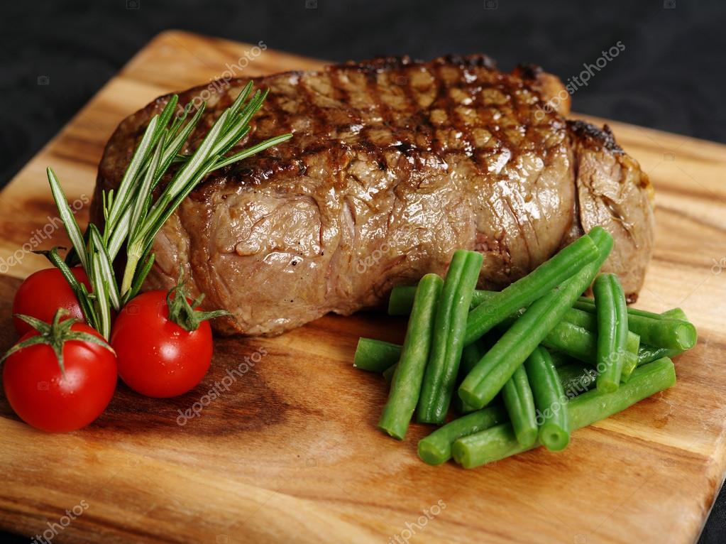 Delicious sirloin steak dinner