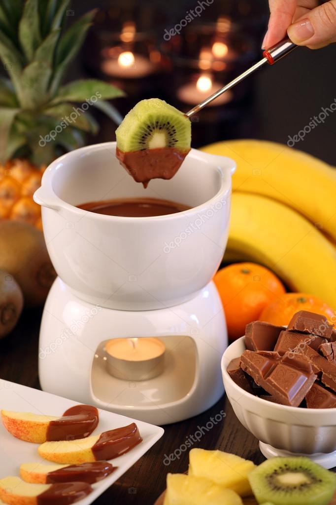 Презентация на тему фрукты в шоколадном фондю