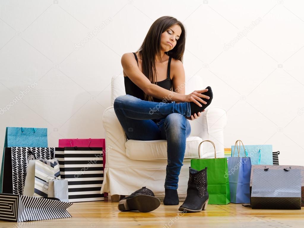 Mal di piedi da shopping foto stock sumners 36979163 for Piani domestici di 2000 piedi quadrati