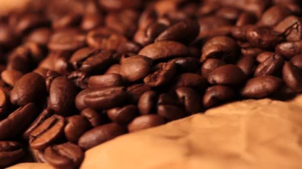 káva zrno plné