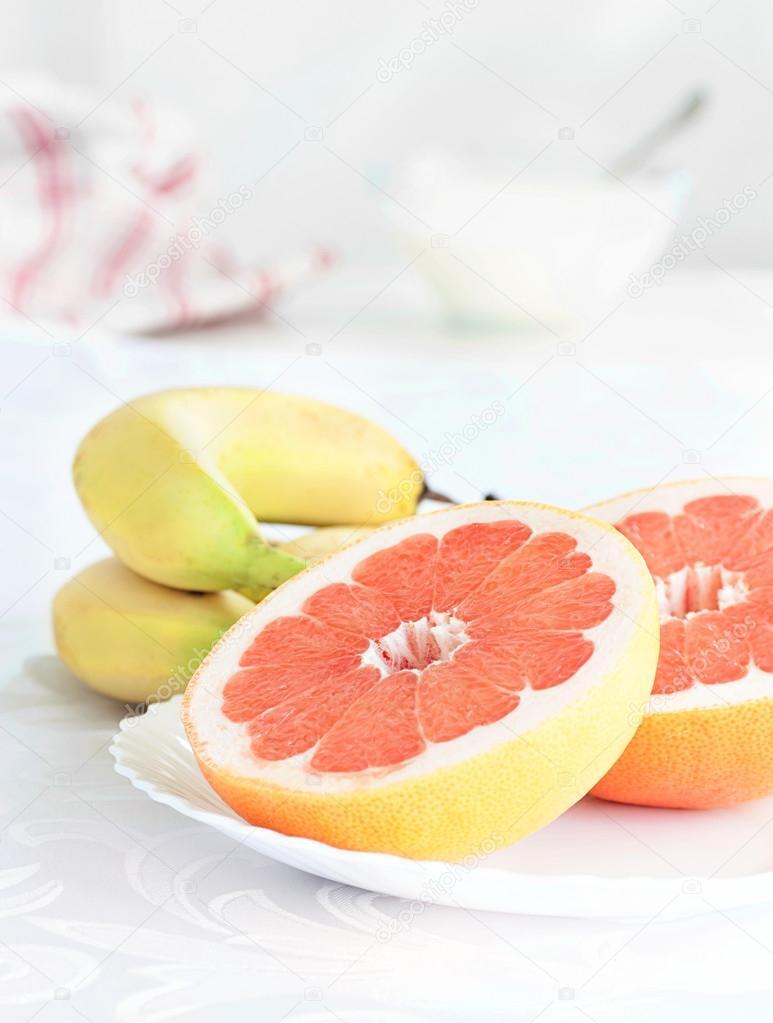 Картинка грейпфрут с бананом