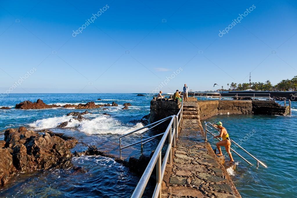 piscinas naturales en puerto de la cruz tenerife foto