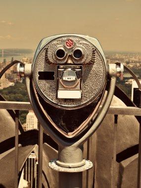 Binoculars in Manhattan