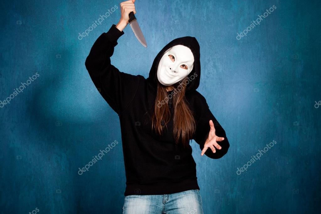 картинки девушка в маске больничнем
