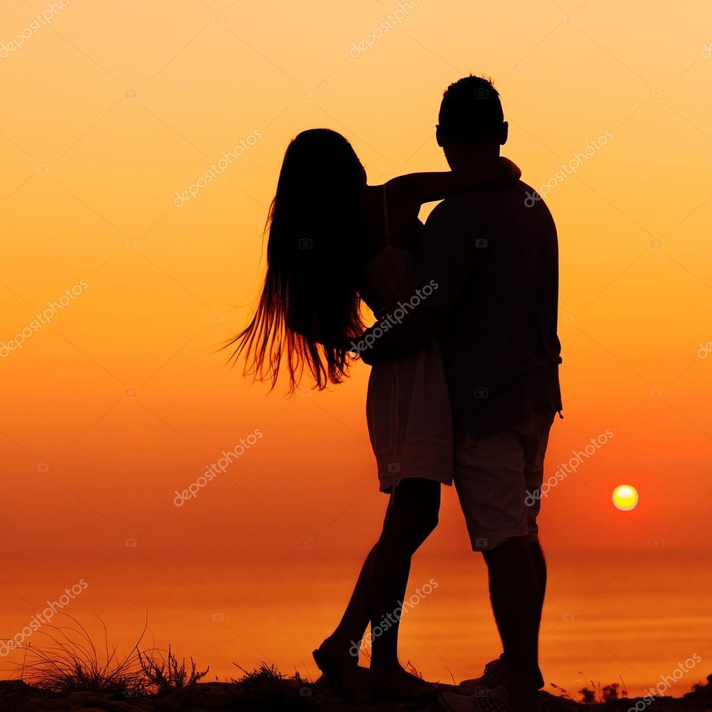Fotos Dos Personas Enamoradas La Imagen De Dos Personas