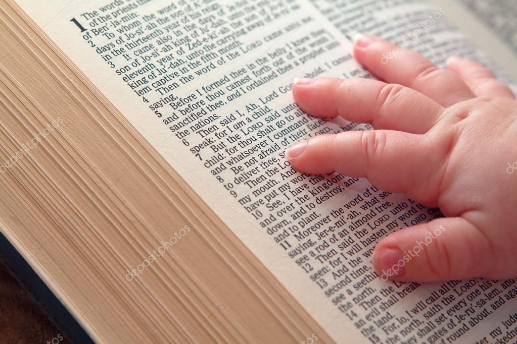 Pictures: cute baby with bible verses | Baby Hand on Open