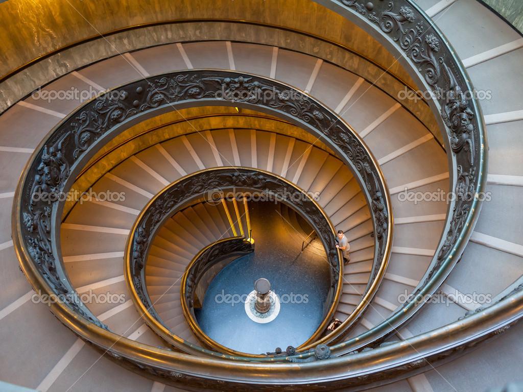 Scala di bramante scale di uscita dalla citt del vaticano foto stock whitewizzard 35961187 - Immagini di scale ...