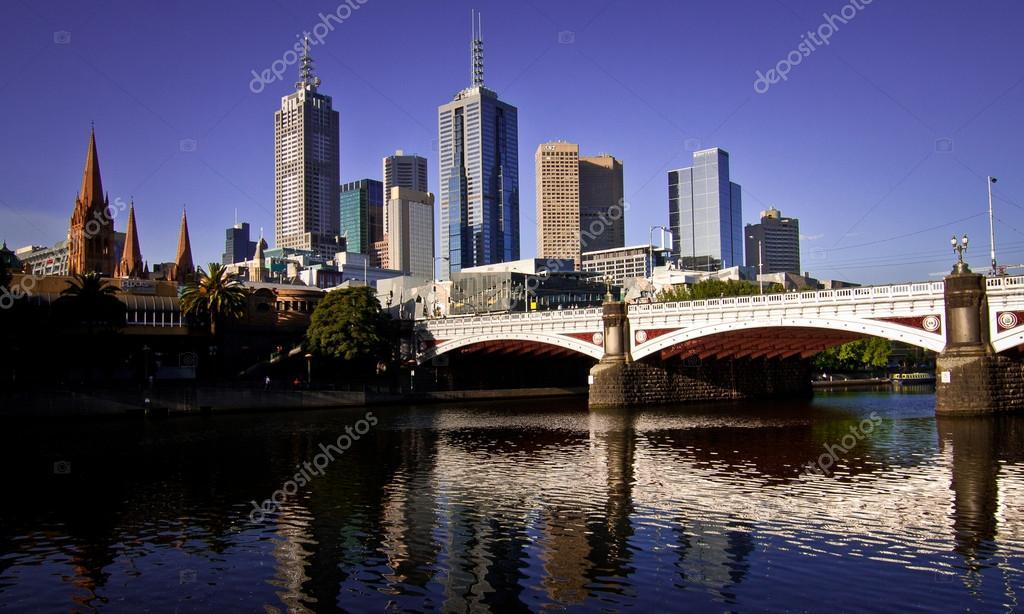 Javascript dates in Melbourne