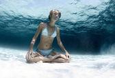Jóga pod vodou