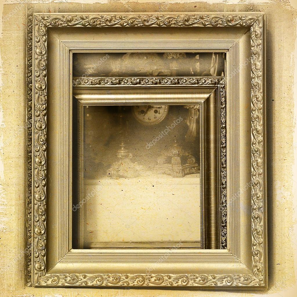 Marcos de cuadros y antigüedades a fondo vintage — Foto de stock ...